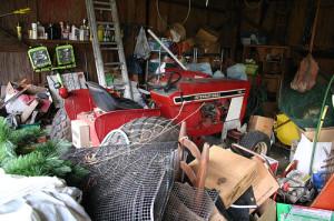 cluttered-garage1